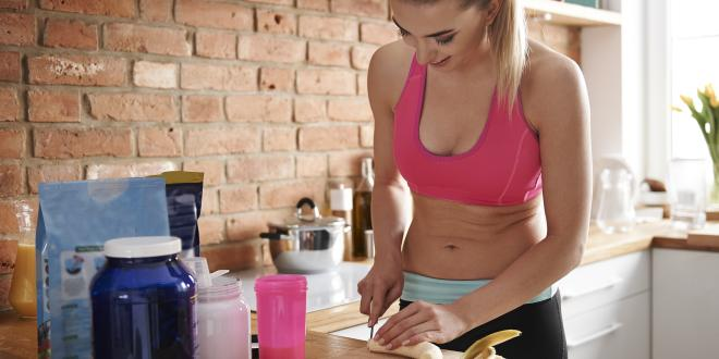ernährung krafttraining abnehmen frau