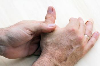 bänderriss daumen krankschreibung