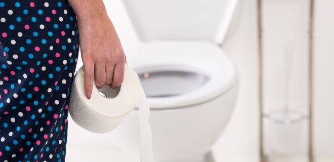 Auf toilettenpapier blut Hellrotes Blut
