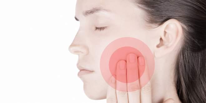 Wenn der Kiefer knackt und schmerzt: Was gegen Verspannungen hilft