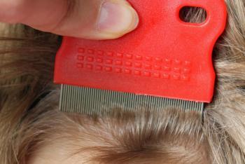 Das Vitamin in 5 in den Kapseln für das Haar