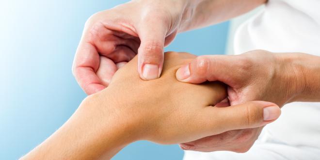 Schmerzen Am Mittelhandknochen