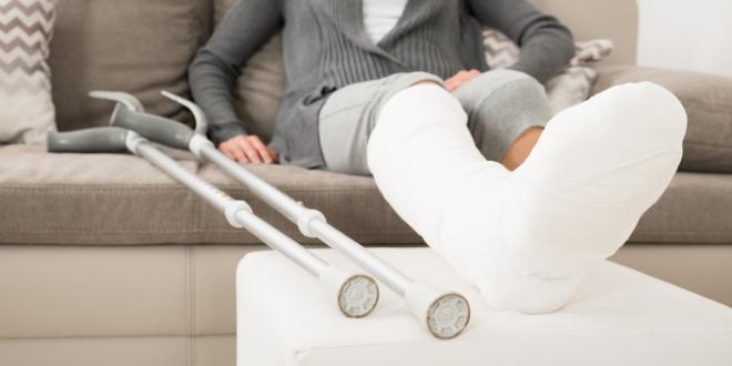 Beine gebrochen gips beide beide beine