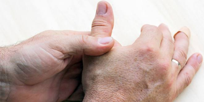 Daumen: Schmerzen bei jedem Handgriff