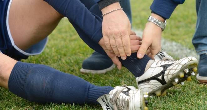 Knöchelschmerzen – Schmerzen am Knöchel: Ursachen und Behandlung