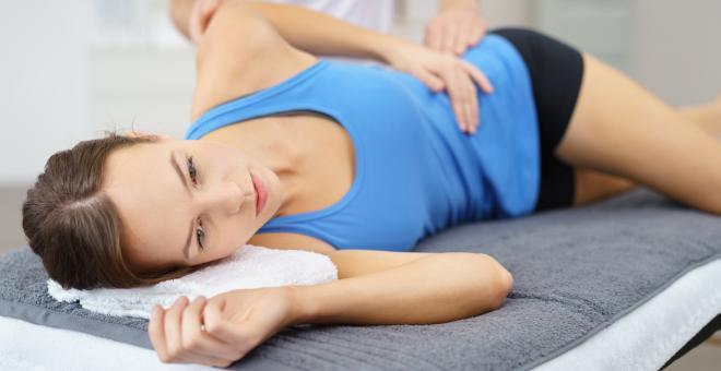 Hüftschmerzen – Ursachen, Symptome und Behandlung